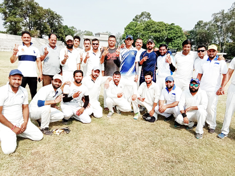 JU Employees Cricket team after registering win over Press Club XI on Sunday.