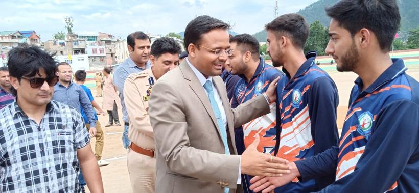 DDC Doda, Dr Sagar Doifode while inaugurating Cricket Tournament on Tuesday.
