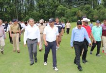 DGP Dilbag Singh and other dignitaries while throwing away Police Golf Course in Srinagar.
