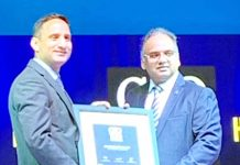 J&K Bank's Chief Information Security Officer, Muneer Hassan Wani receiving IDG Security & CSO100 Award in Pune on Tuesday.