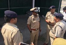 IGP Traffic Alok Kumar reviewing Shri Amarnath yatra arrangements at Lakhanpur on Sunday.