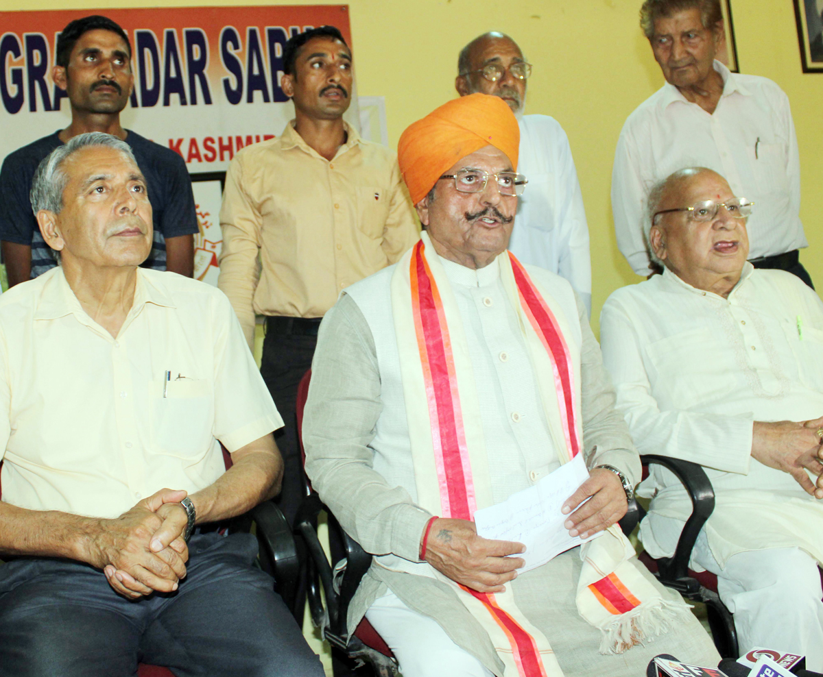 Gulchain Singh Charak addressing the media persons at Jammu on Wednesday. — Excelsior/Rakesh