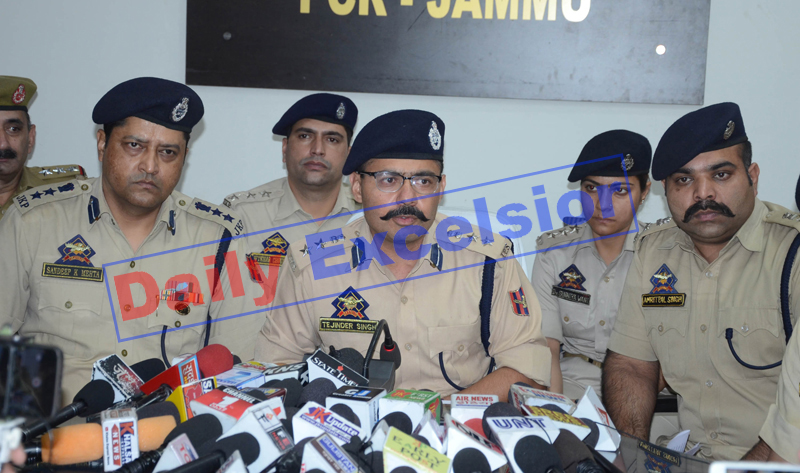 SSP Jammu Tejender Singh addressing a press conference in Jammu on Saturday. —Excelsior/Rakesh
