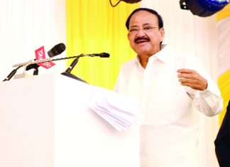 Vice President, M. Venkaiah Naidu addressing the gathering after inaugurating the MGM Healthcare Super Specialty Hospital, in Chennai on Sunday.