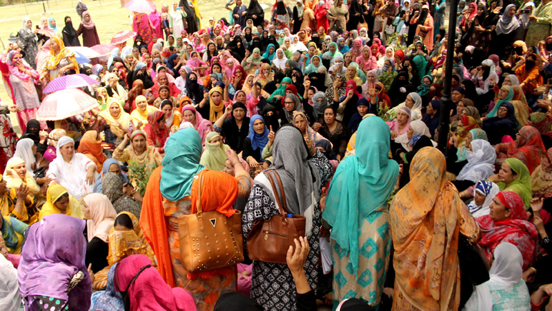 Anganwadi workers staging a protest at Srinagar. —Excelsior/Shakeel