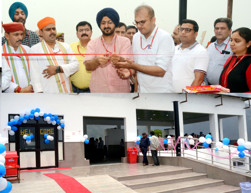 CEO Shrine Board inaugurating newly constructed facilities for pilgrims.
