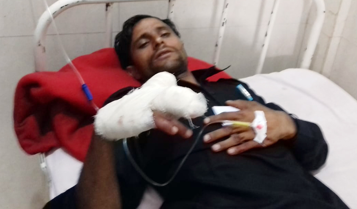 Villagers injured in Pakistan shelling admitted in hospital on Saturday. —Excelsior/Gurjitbhajan