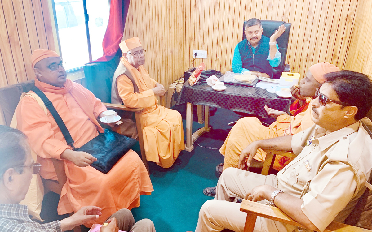 Saints of Ramakrishna Mission during a meeting with Camp Director, Nunwan Base Camp, Amit Sharma.