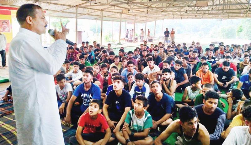 NPP president, Balwant Singh Mankotia addressing youth during 8th Marathon Run in Udhampur.