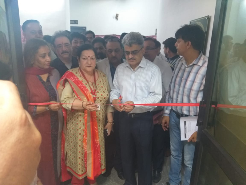 Financial Commissioner, H&ME Department, Atal Duloo, inaugurating Rehabilitation Centre at CD Hospital, Jammu.