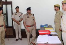 DGP Dilbag Singh after inaugurating new complex of District Police Office at Srinagar on Wednesday.