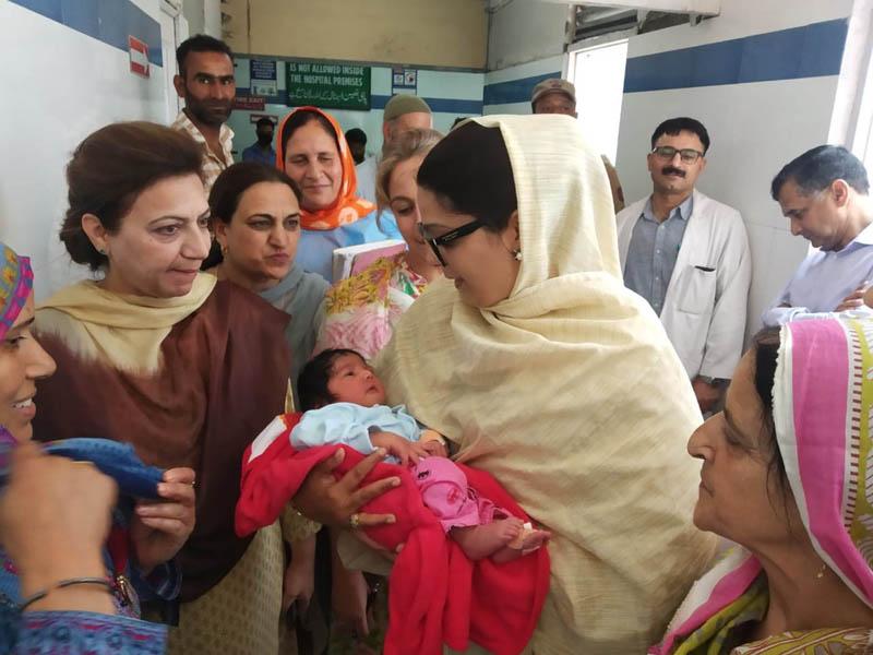 Vasundhara Masoodi during surprise visit to G B Pant Hospital.