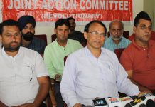 EJAC (R) State president, Babu Hussain Malik, addressing a press conference at Jammu. —Excelsior/Rakesh