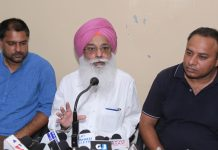 President of Small & Tiny Industries Association addressing press conference at Jammu on Wednesday. — Excelsior/Rakesh