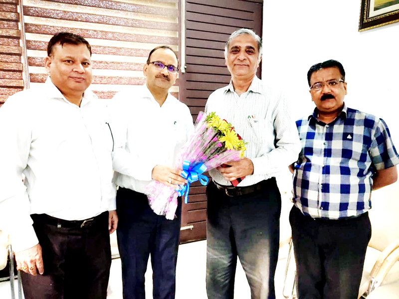 Citizens Cooperative Bank Chairman, Parveen Sharma meeting Registrar Cooperative Societies, M.M Rehman.