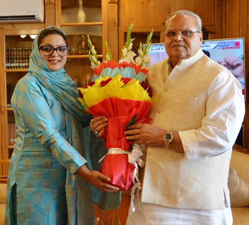 Vasundhra Pathak Masoodi during meeting with Governor Satya Pal Malik at Raj Bhavan Srinagar.