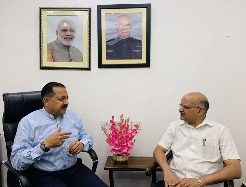Chief Secretary Jammu & Kashmir, BVR Subrahmanyam calling on Union Minister Dr Jitendra Singh, at New Delhi on Wednesday.