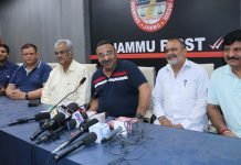 JCCI president, Rakesh Gupta addressing press conference in Jammu on Thursday. — Excelsior/Rakesh