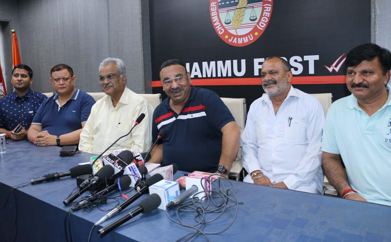 JCCI president, Rakesh Gupta addressing press conference in Jammu on Thursday. — Excelsior/Rakesh