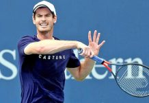 Andy Murray playing a forehand shot in the first round of the ATP Winston-Salem Open in Washington.
