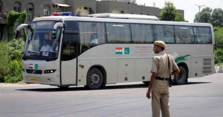 Pakistan Suspends Delhi Lahore Bus Service