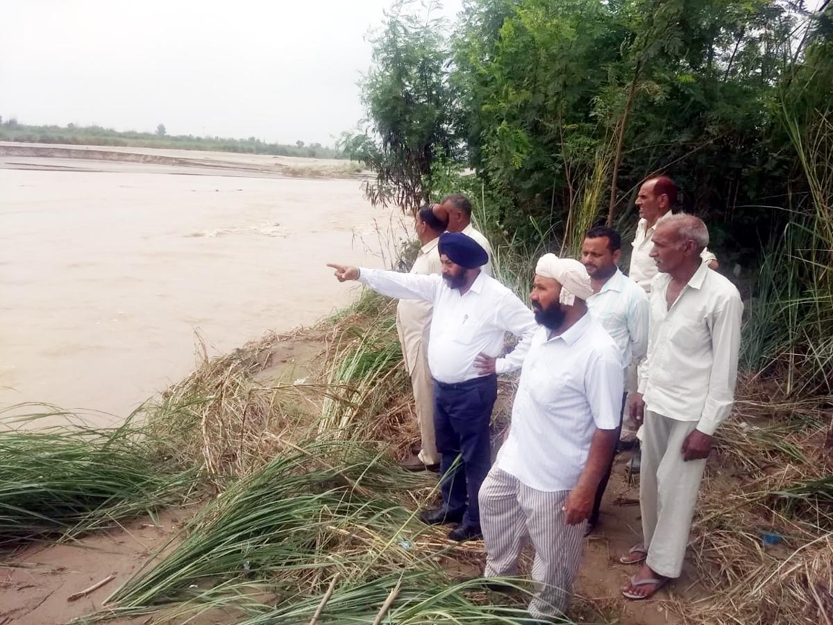 Former Minister Manjit Singh during visit to Rangoor village in Vijaypur on Friday.