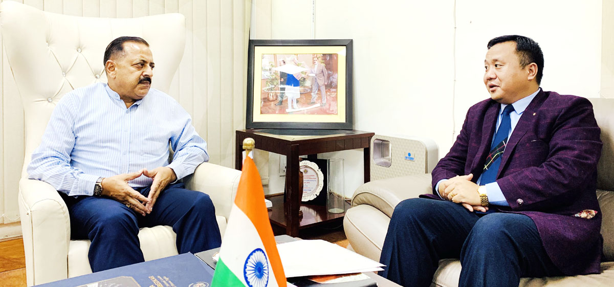 Mizoram Minister for Law,Parliamentary Affairs, Transport, Environment, Forest & Climate Change, T.J. Lalnuntluanga calling on Union DoNER Minister Dr Jitendra Singh, at New Delhi.