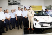 SP (South) Vinay Sharma and officials of Pace Hyundai at the launch of All New Grand i10 NIOS.