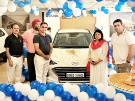 ARTO Udhampur, Rachna Sharma and officials of Devika Hyundai on the launch of All New Grand i10 NIOS.