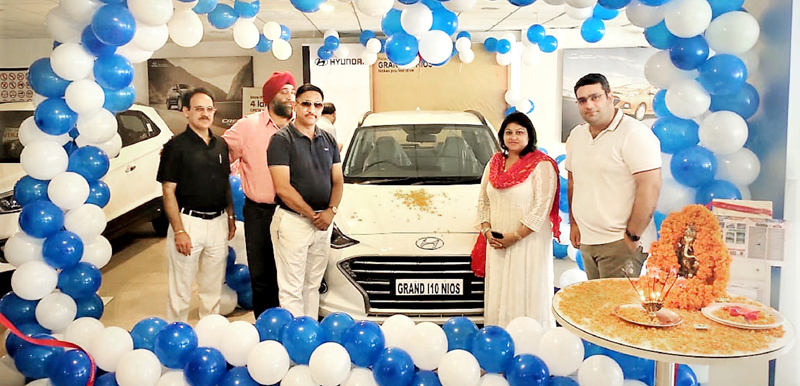 ARTO Udhampur, Rachna Sharma and officials of Devika Hyundai on the launch of All New Grand i10 NIOS.