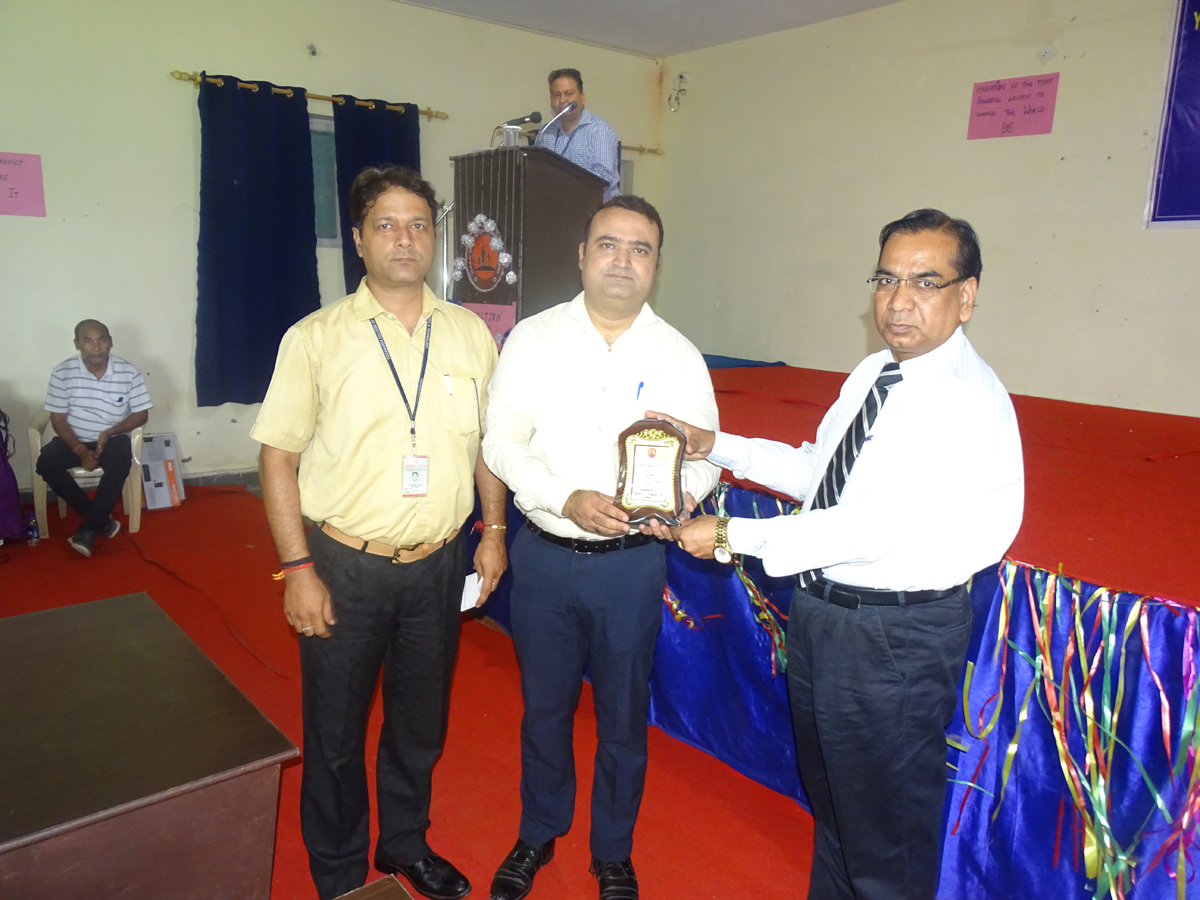 Memento presentation at YCET during guest lectures on Wednesday.