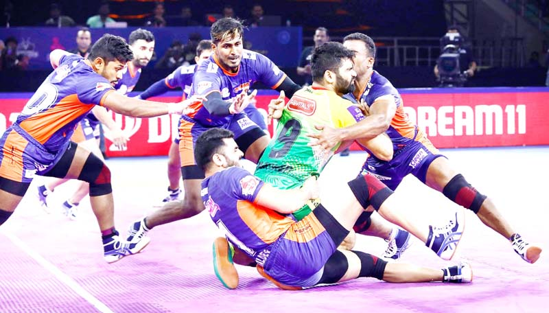 Players in action during a Pro Kabaddi League Match between Bengal Warriors and Patna Pirates in Chennai.