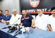 JCCI president, Rakesh Gupta addressing press conference in Jammu on Thursday.— Excelsior/Rakesh