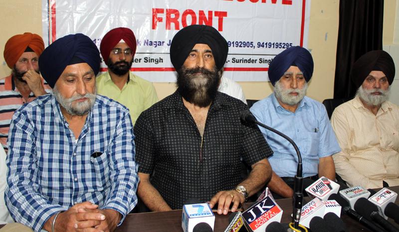 Sikh Progressive Front (SPF) leader Balvinder Singh addressing press conference in Jammu on Wednesday. — Excelsior/Rakesh