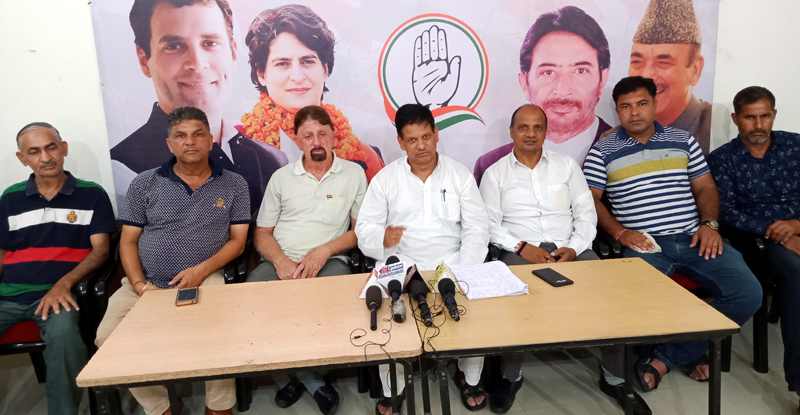 Chairman OBC unit of PCC, Suresh Dogra addressing a press conference in Jammu on Tuesday. —Excelsior/Rakesh