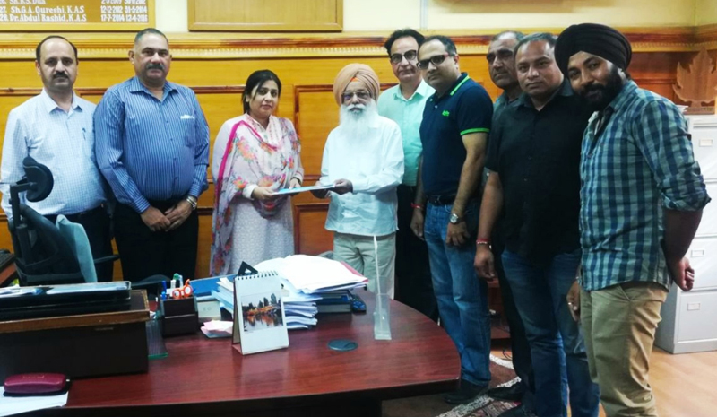 President, Association of MSMEs, Harbinder Singh along with other members, presenting a memorandum of demands to Director Industries, Anoo Malhotra.
