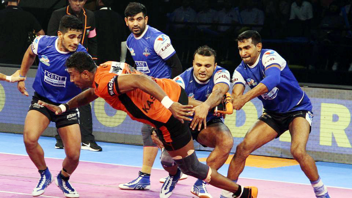 Players in action during a PKL match between Haryana Steelers and U Mumba in Ahmadabad.