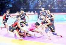 Players in action during PKL match between Bengaluru Bulls and Pink Panthers at New Delhi on Sunday.