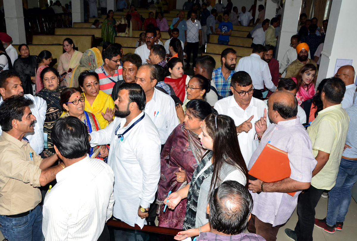 JMC Councilors during protest against corruption in General House Meeting of JMC on Friday.