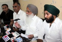 ASTI president, Harvinder Singh addressing press conference in Jammu on Sunday. —Excelsior/ Rakesh