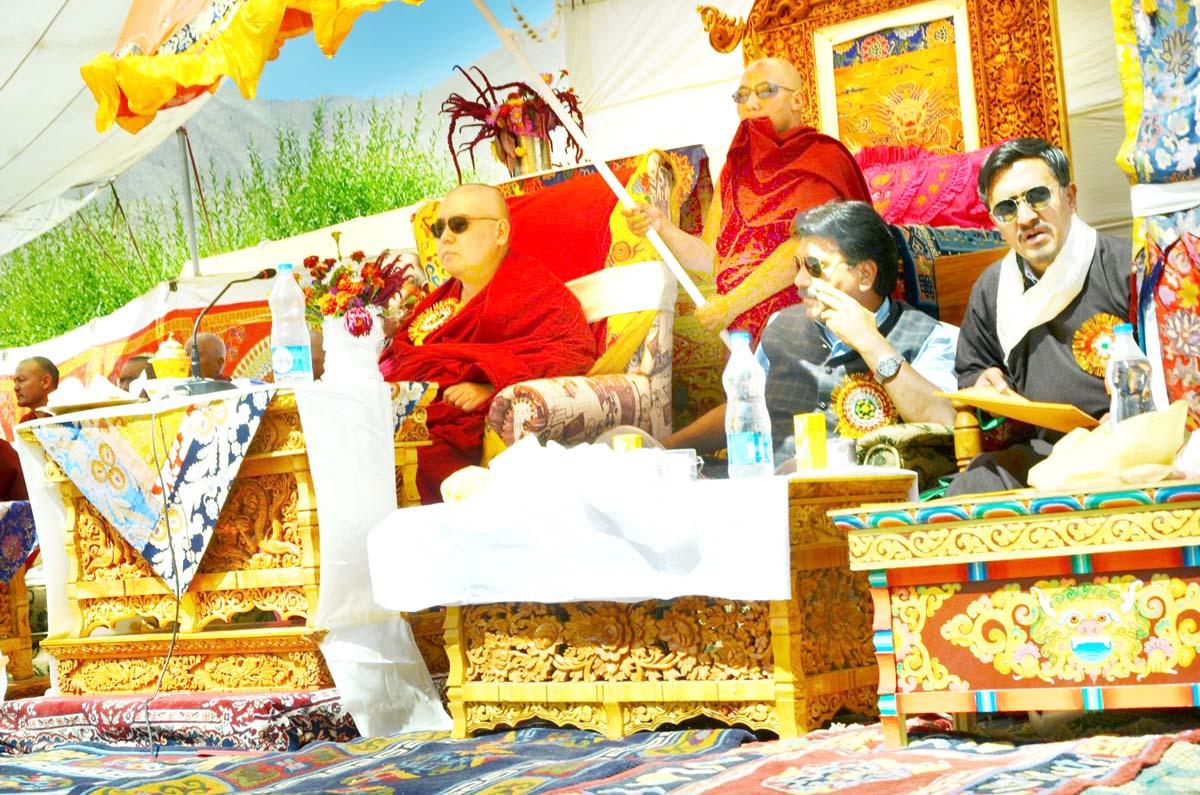 Syabje Ling Rinpoche inaugurating Lhakang Tashizgang Gonpa at Wakha.