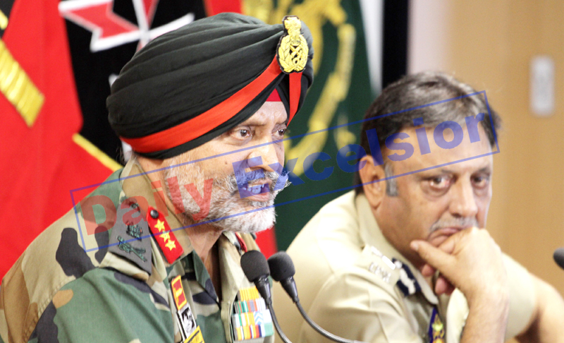 GOC 15 Corps Lt Gen KJS Dhillon and ADGP Muneer Khan addressing a press conference in Srinagar on Wednesday. —Excelsior/Shakeel
