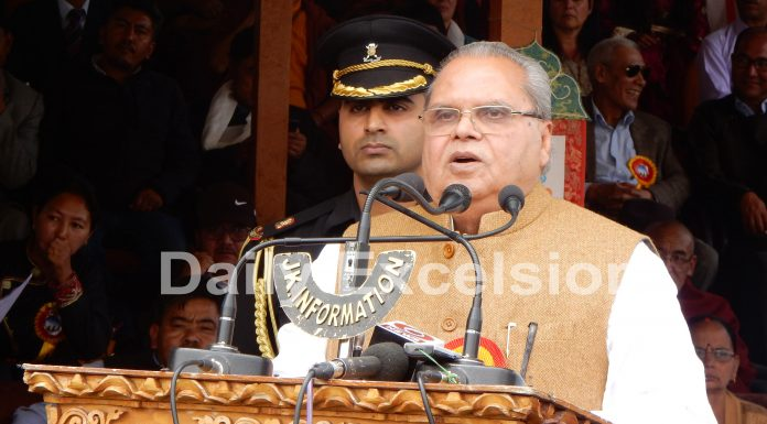 Governor Satya Pal Malik addressing the gathering after inauguration of Ladakh Festival at Polo Ground in Leh on Sunday. —Excelsior/Morup Stanzin