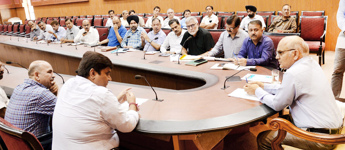 Advisor K K Sharma interacting with a delegation on Tuesday.