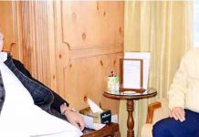 JK Bank CMD, R K Chhibber at a meeting with Governor Satya Pal Malik at Srinagar on Tuesday.