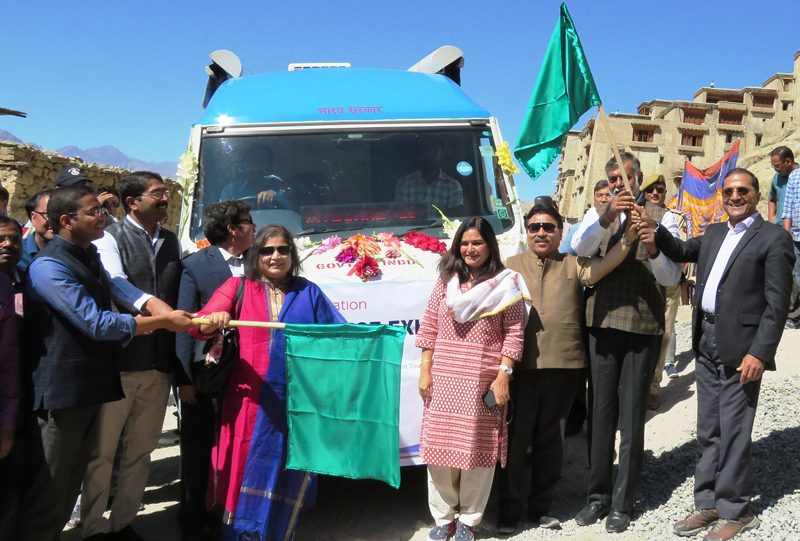 Minister of State for Culture and Tourism (Independent Charge), Prahalad Singh Patel flagging off the first ever mobile science exhibition in Leh on Thursday.