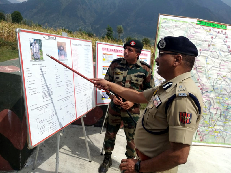 DGP Dilbag Singh being briefed by an Army officer in Kishtwar.