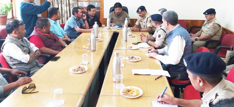 DGP Dilbag Singh and CEC LAHDC during meeting at Leh.
