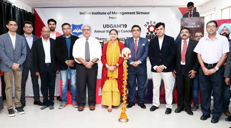 Director IIM Sirmaur, Prof Neelu Rohmetra with leading corporate at inaugural of business conclave.