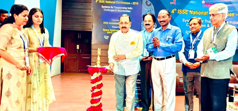 Union Minister Dr Jitendra Singh, flanked by Chairman ISRO Dr K Sivan, lighting the traditional lamp to formally inaugurate National Conference on Space Technology, at Ahmedabad.